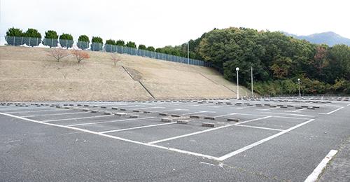 写真:駐車場完備